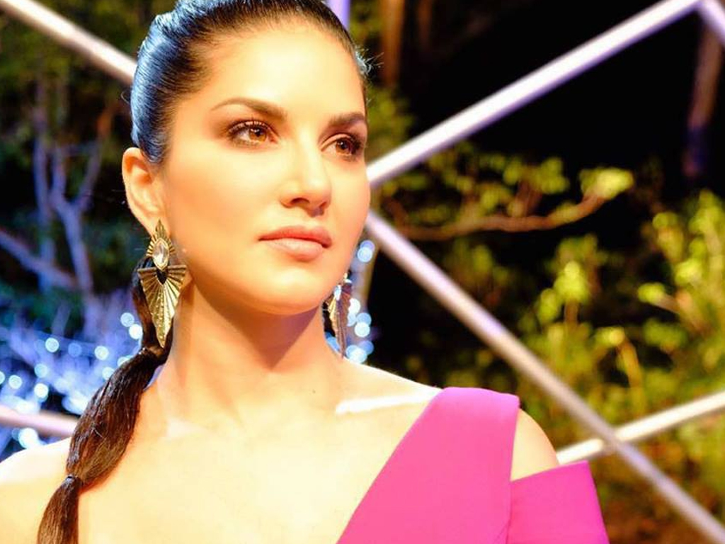 Sunny Leone Hq Wallpapers  Sunny Leone Wallpapers - 43050 -1662