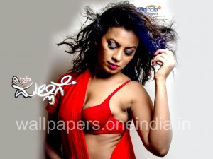 Miss Mallige Wallpaper