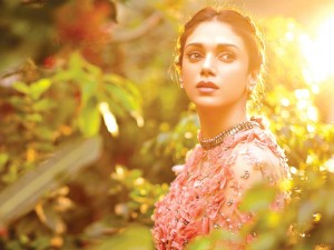 Aditi Rao Hydari Wallpaper