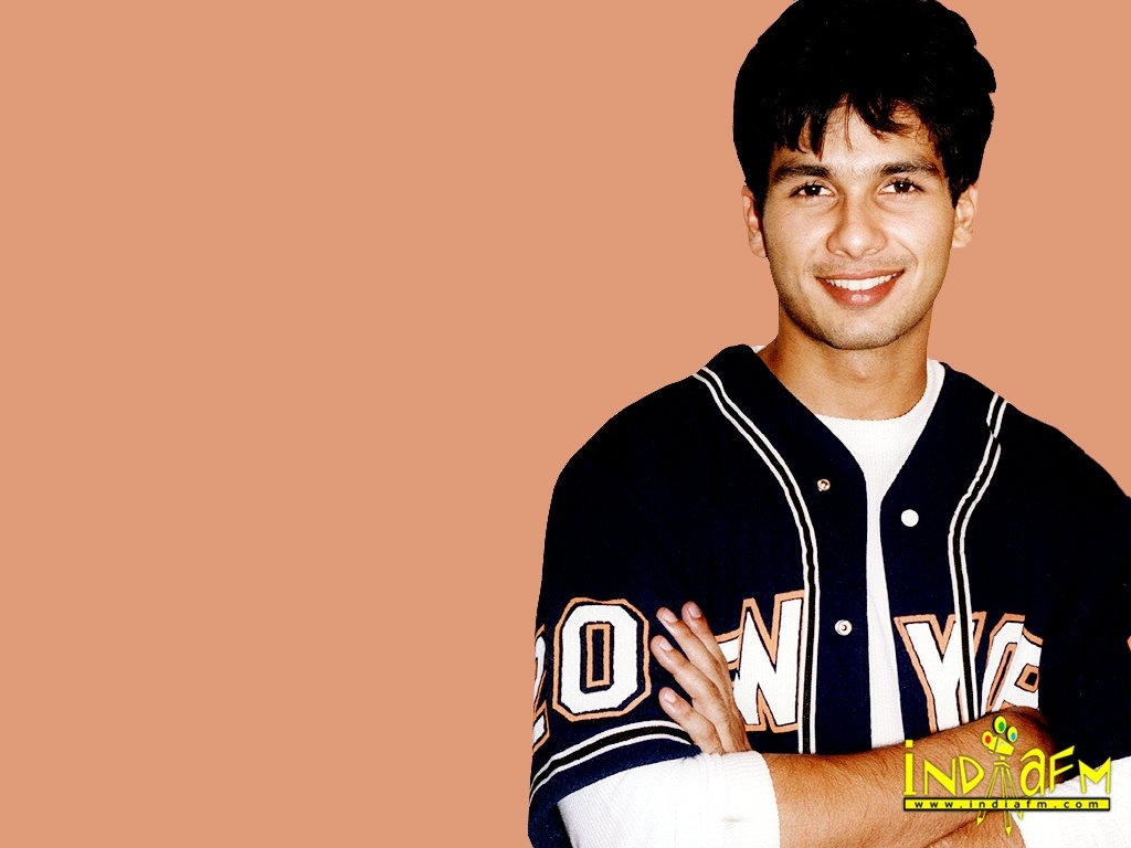 Shahid Kapoor Wallpaper -1394