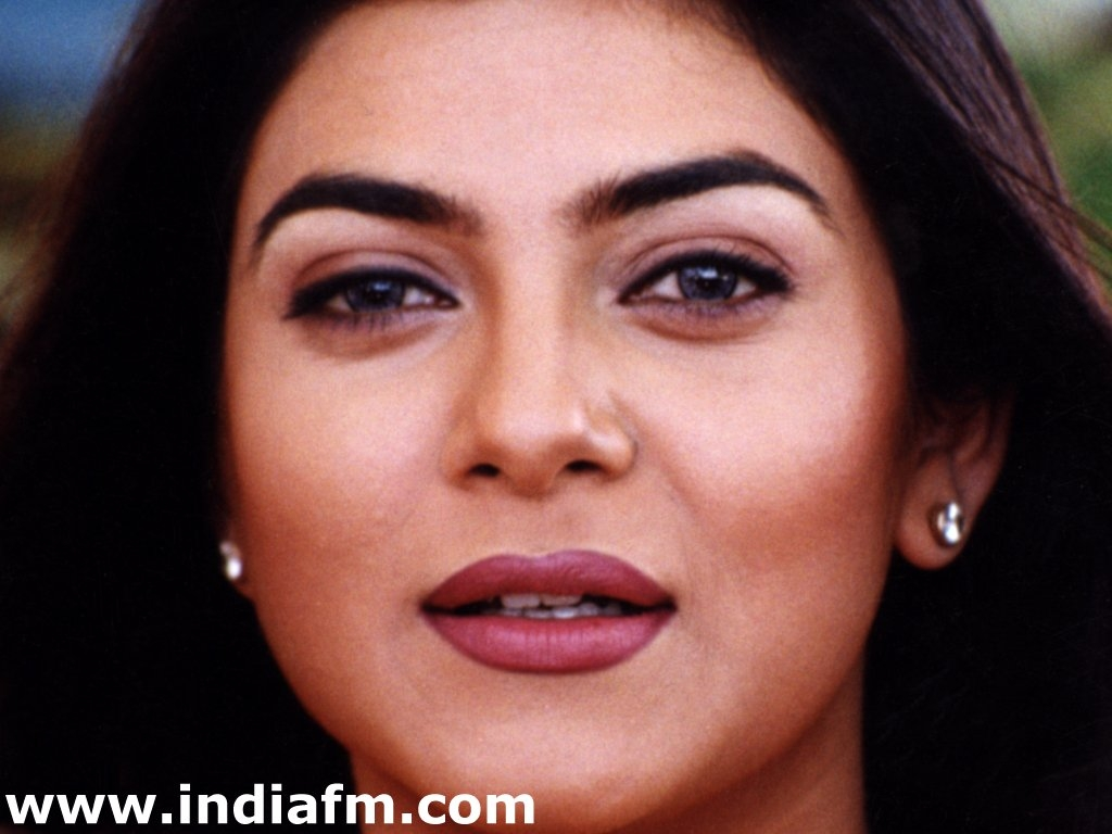 Sushmita Sen Wallpaper -3551