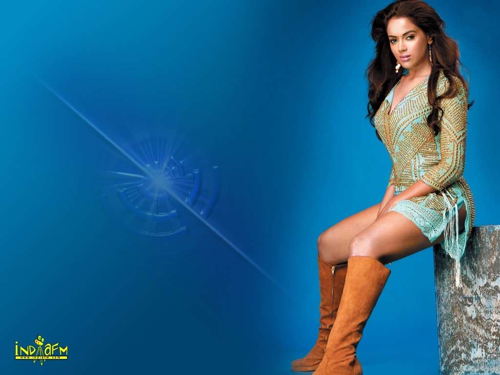 Sameera Reddy Wallpaper -3757
