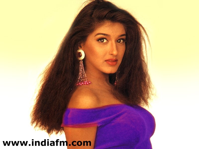 actress sonali bendre porn videos free wallpapers