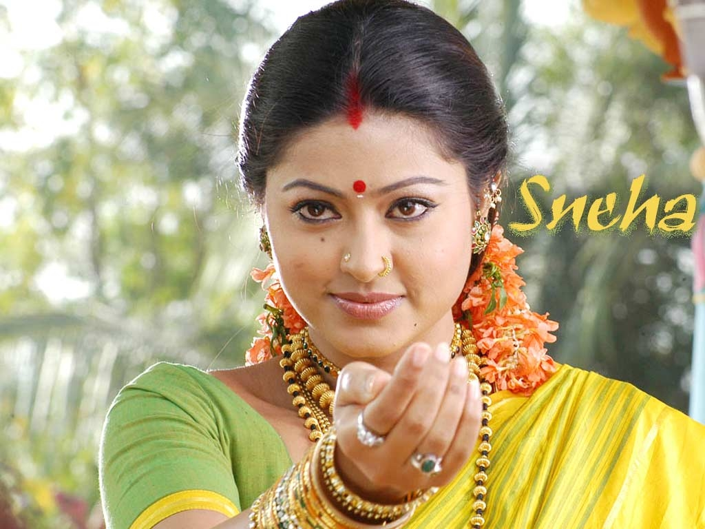 Sneha hq wallpapers sneha wallpapers 5786 filmibeat - South indian actress wallpaper ...