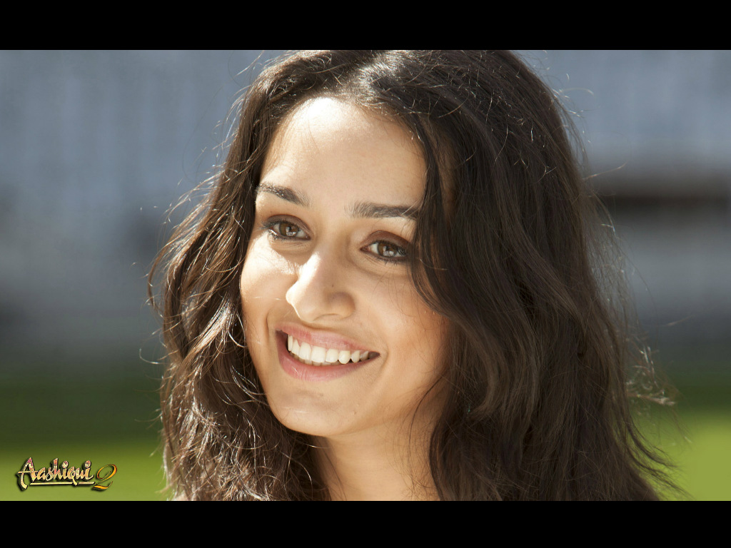 Download Shraddha Kapoor In Aashiqui 2 Movie Hd Wallpaper: Aashiqui 2 HQ Movie Wallpapers