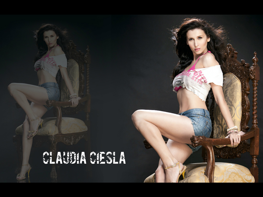 Claudia Ciesla Wallpaper -9837