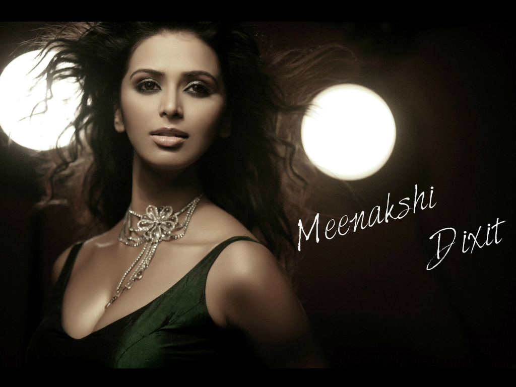 Meenakshi Dixit Wallpaper -9908