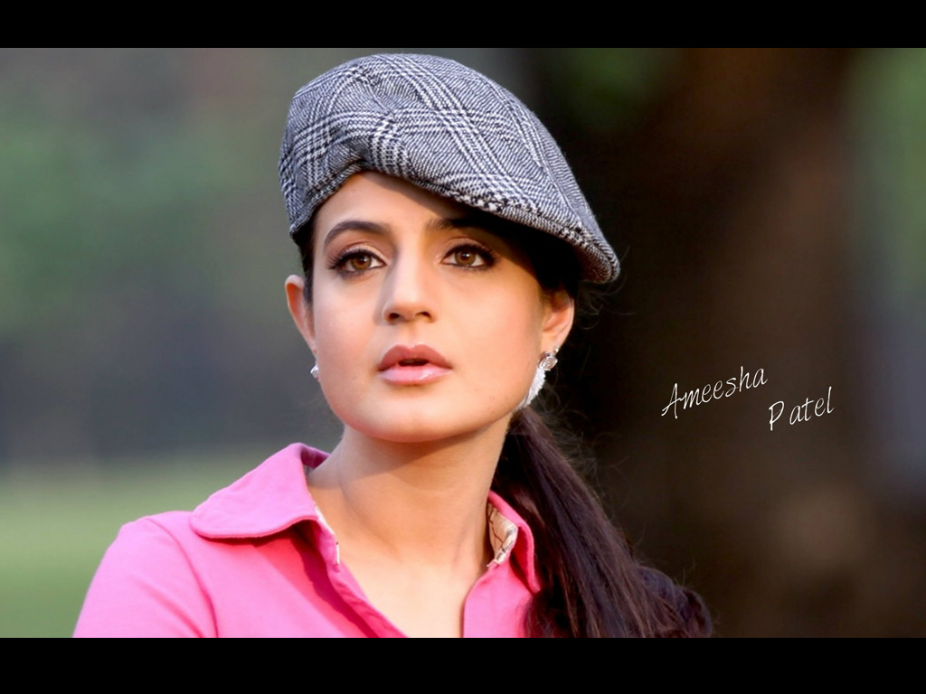 Ameesha Patel Wallpaper -10190