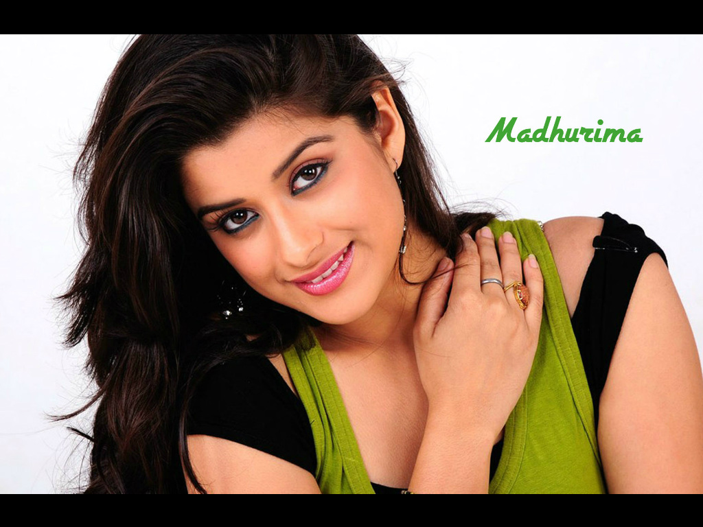 Madhurima Wallpaper -10038