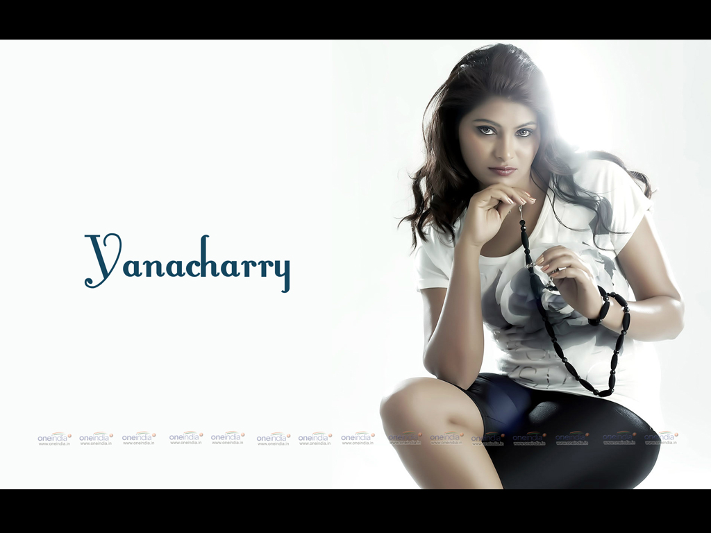 YanaCharry Wallpaper -10284