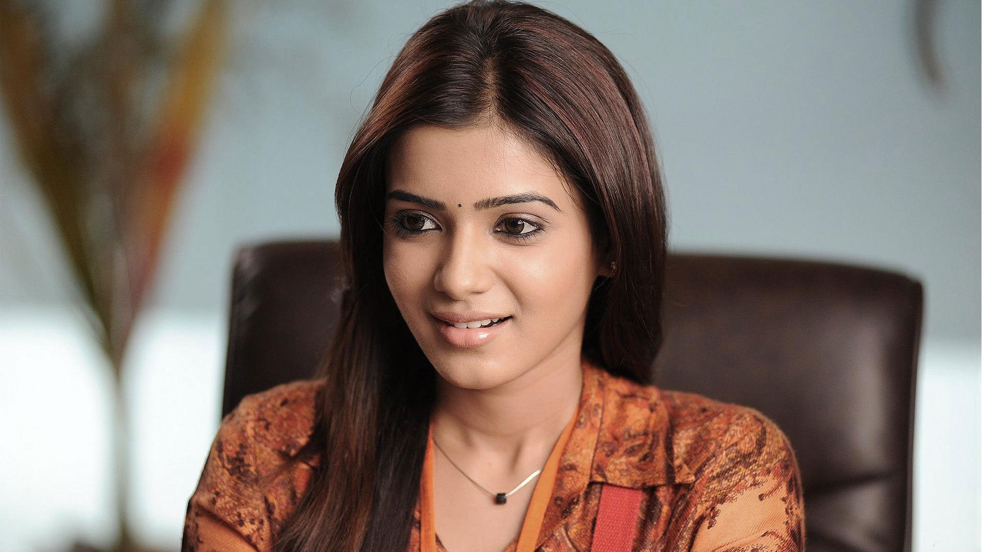 Samantha Wallpaper -10489