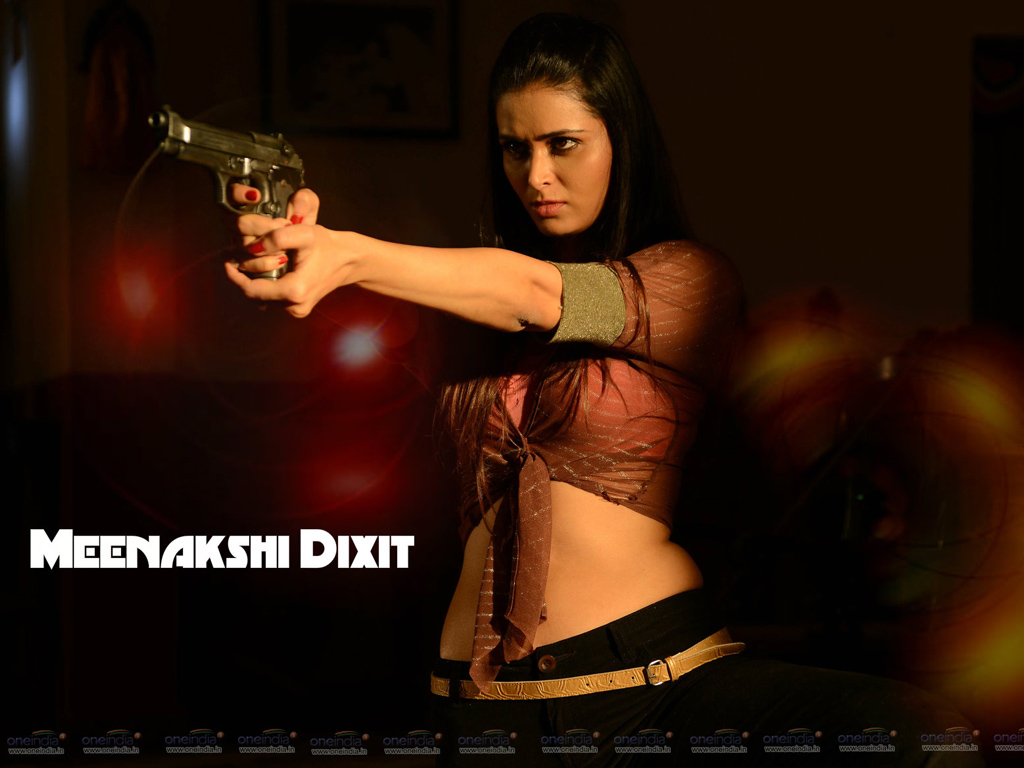 Meenakshi Dixit Wallpaper -12723