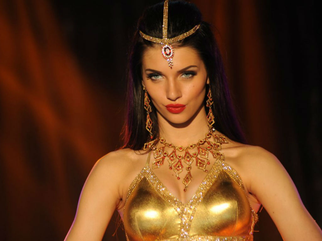 Scarlett Mellish Wilson Scarlett Mellish Wilson new images