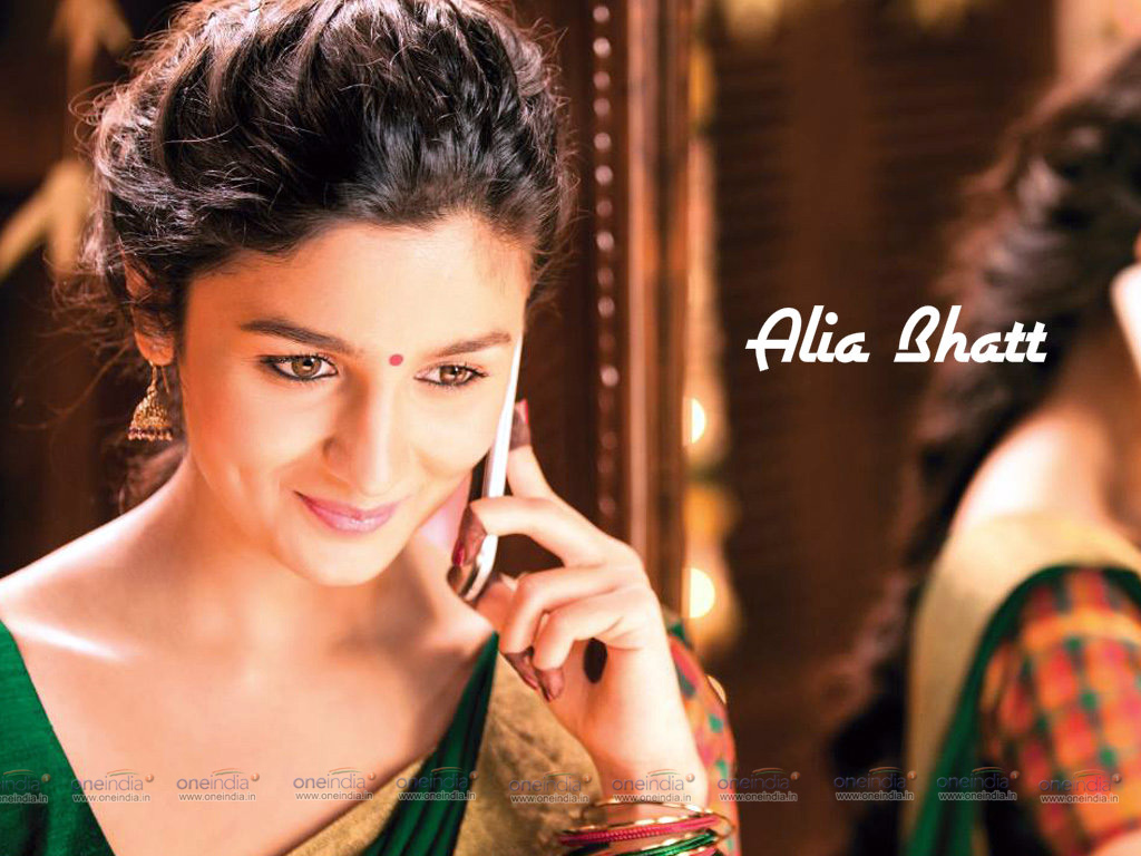 Alia Bhatt Wallpaper -13974