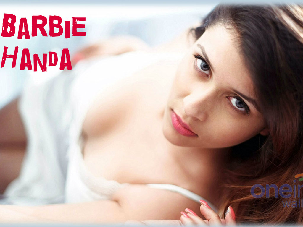 Barbie Handa Nude Photos 1