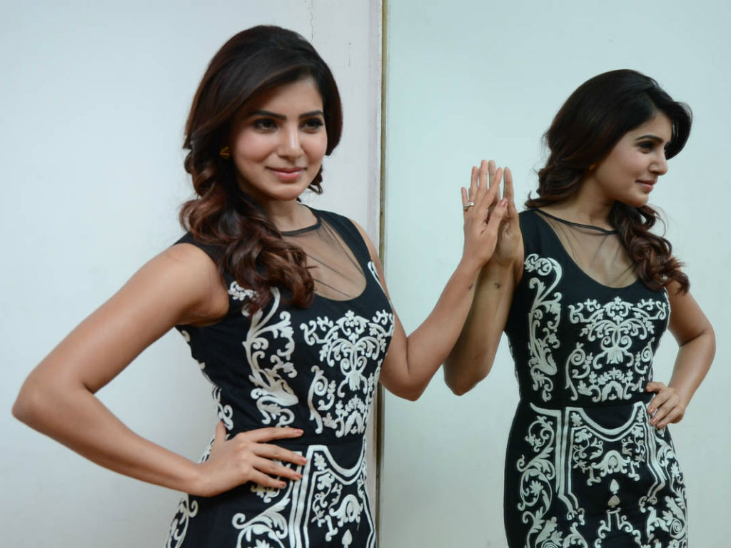 Samantha Wallpaper -15755
