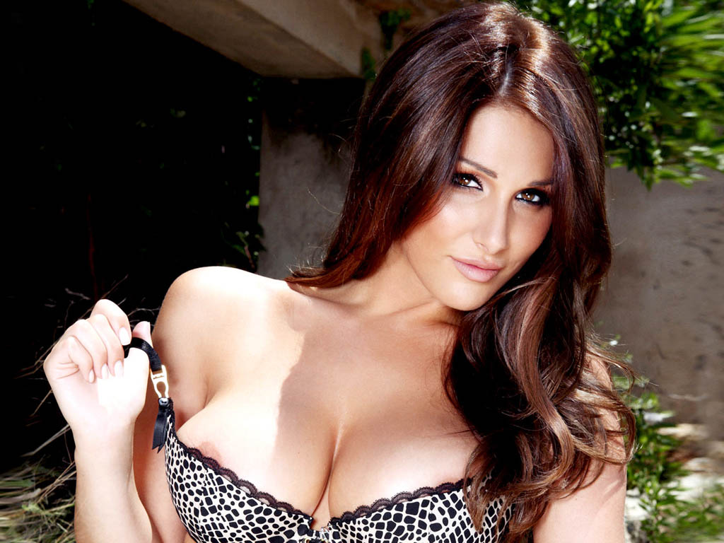 Lucy Pinder Hq Wallpapers Lucy Pinder Wallpapers 19759