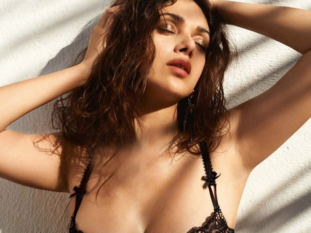 Hot actress Aditi Rao Hydari