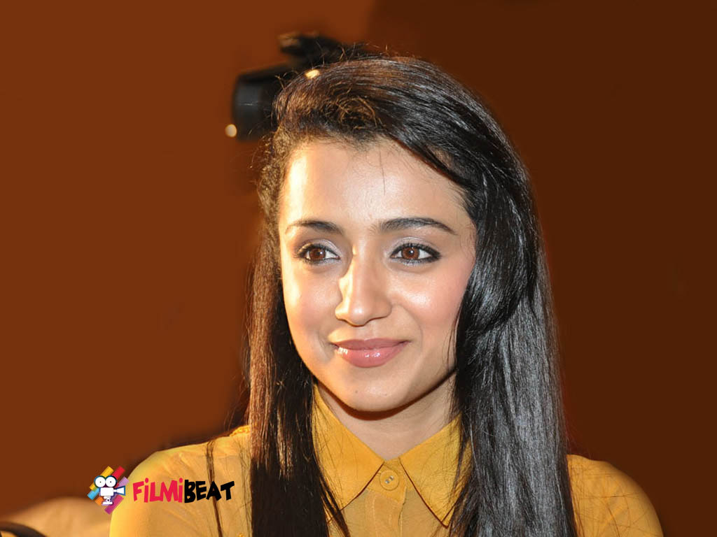 trisha krishnan hq wallpapers | trisha krishnan wallpapers - 21547