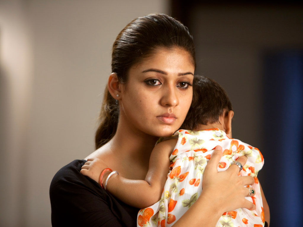 Download HD wallpaper of Nayantara in laptop and desktop