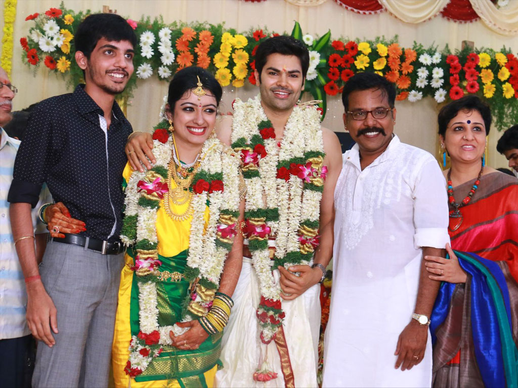 Ganesh Venkatram And Nisha Wedding