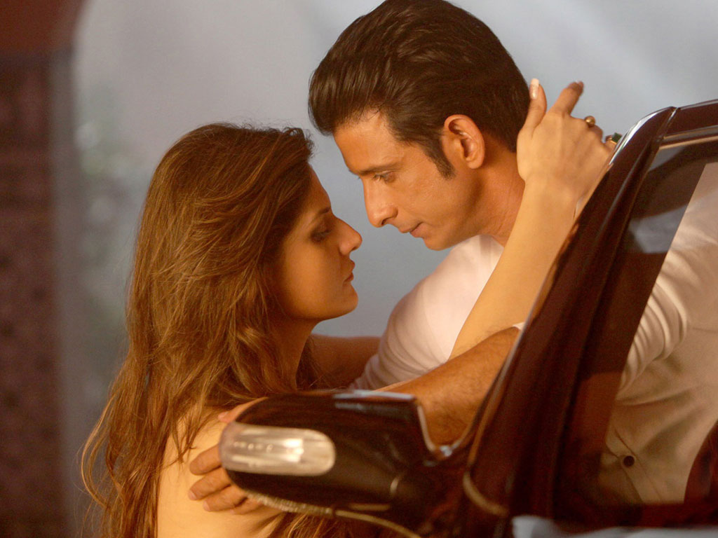 Hate Story 3 2015 DVDRip 480p 700MB Free Movie Download