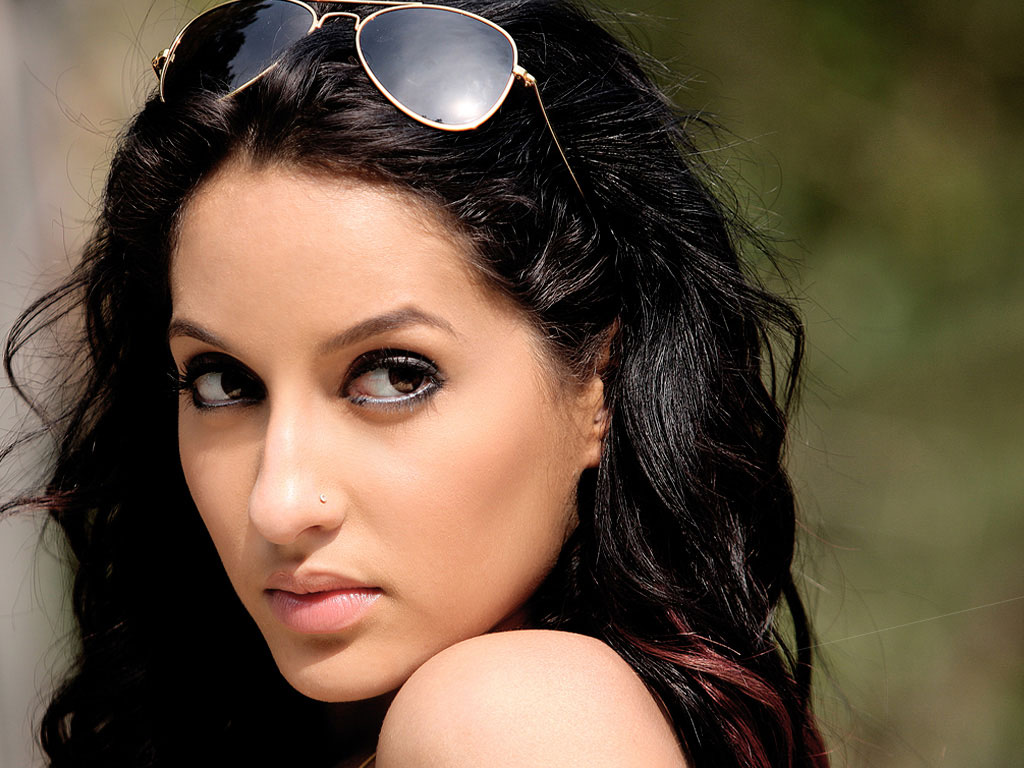Nora Fatehi Wallpapers - 27913