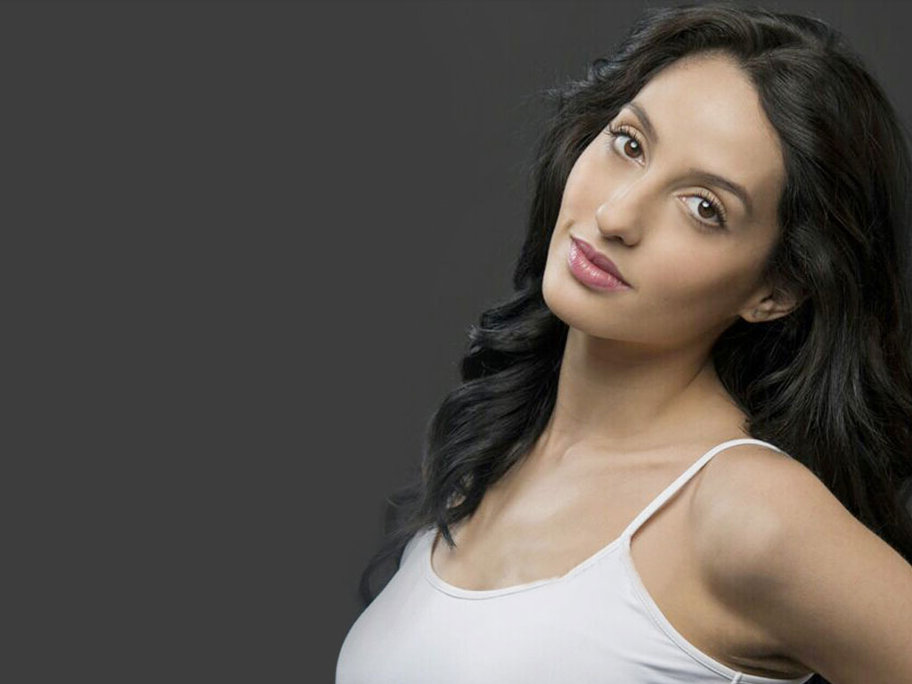 Nora Fatehi Wallpapers - 27915