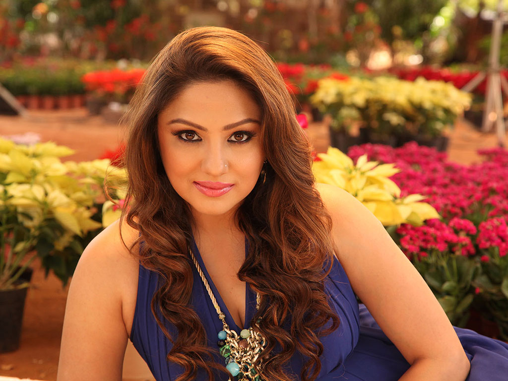 priyanka upendra hq wallpapers | priyanka upendra wallpapers - 28258