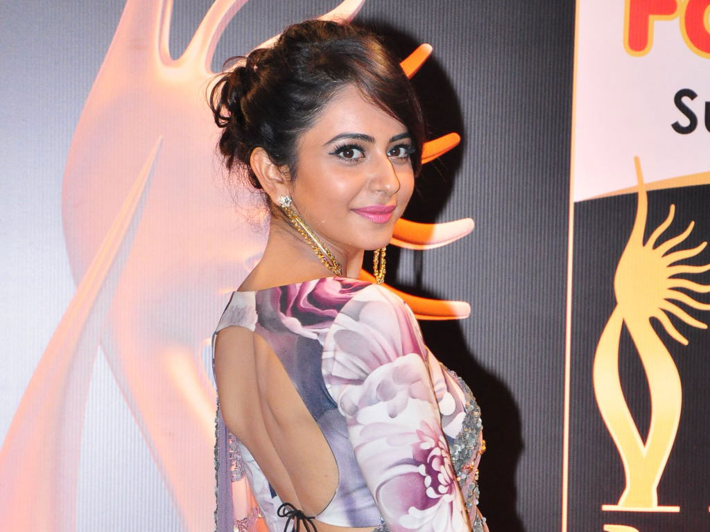 Rakul Preet Singh HQ Wallpapers