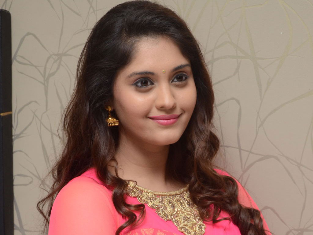 surabhi hq wallpapers | surabhi wallpapers - 33657 - filmibeat