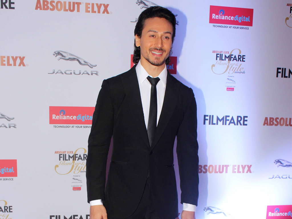 tiger shroff hq wallpapers | tiger shroff wallpapers - 35768