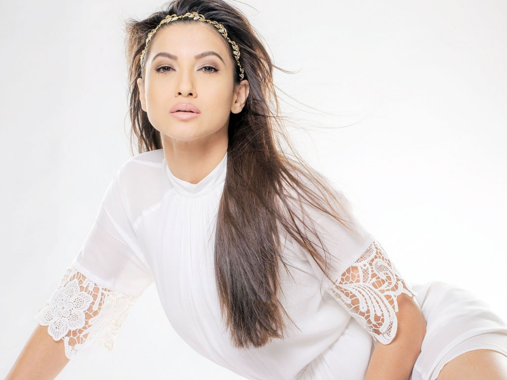 gauhar khan wallpapers - photo #17