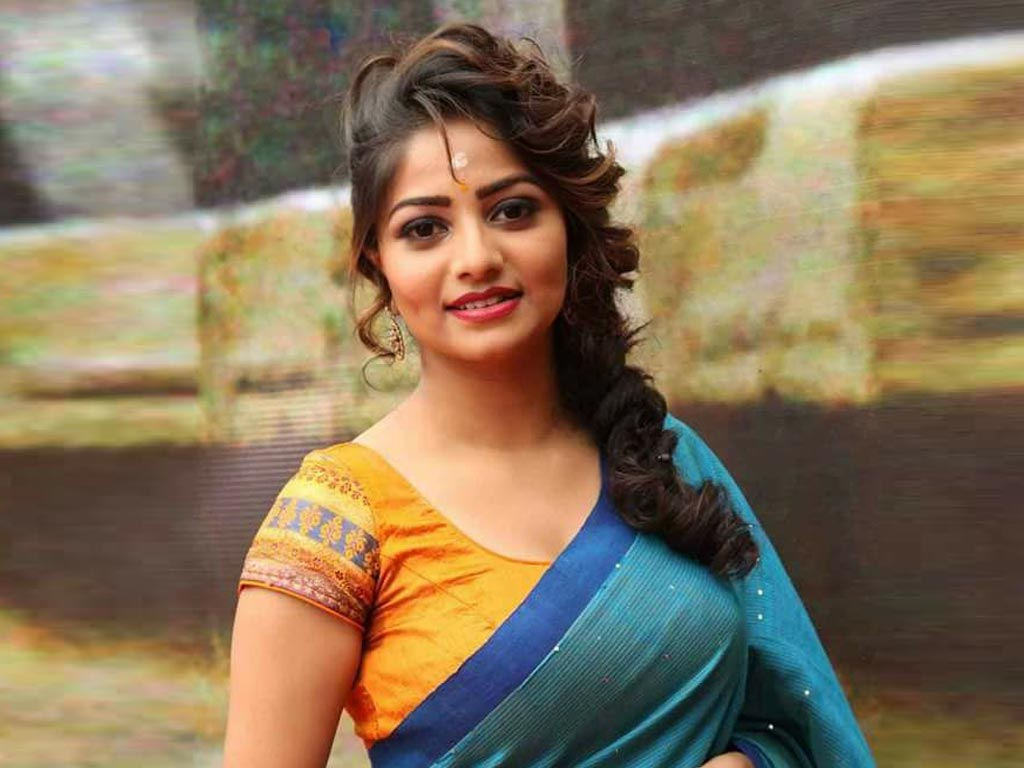Kannada Love Hd Wallpaper : Rachita Ram HQ Wallpapers Rachita Ram Wallpapers - 39430 - Filmibeat Wallpapers