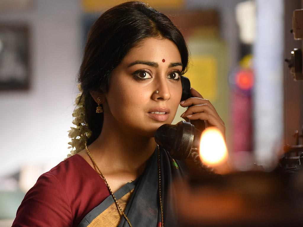 shriya saran hq wallpapers | shriya saran wallpapers - 42380