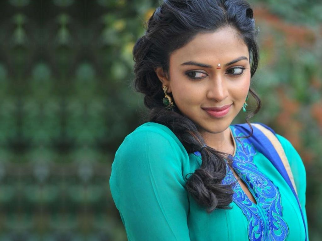 amala paul hq wallpapers amala paul wallpapers   43223