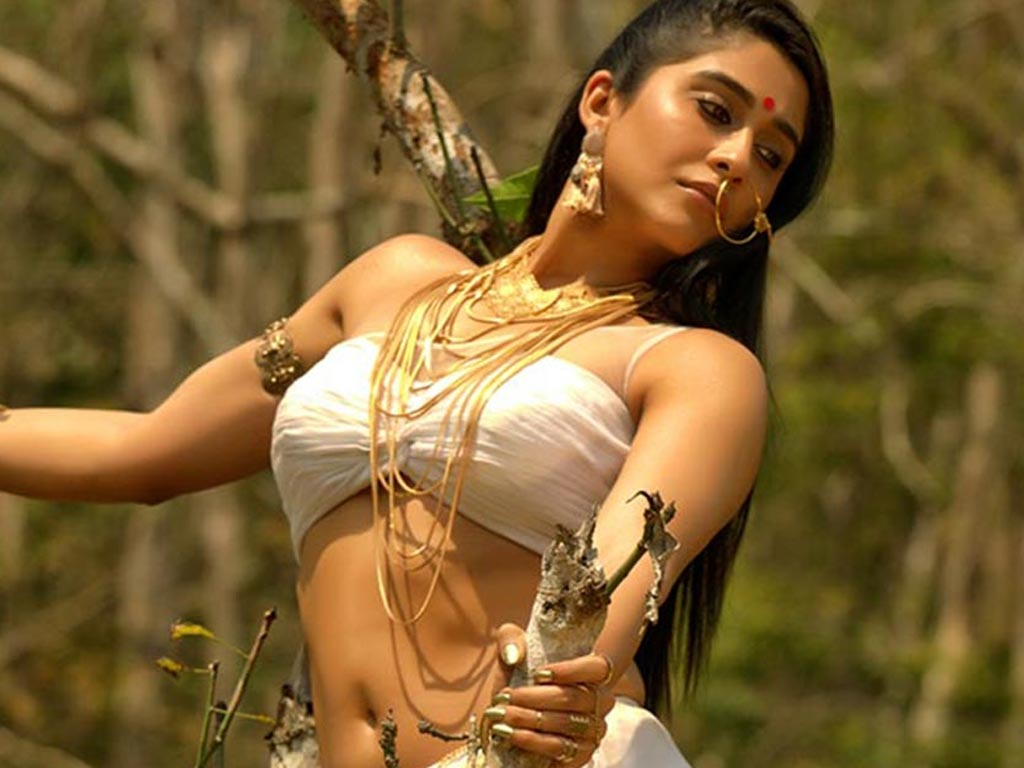 Regina Cassandra nude (35 photo) Paparazzi, Snapchat, swimsuit