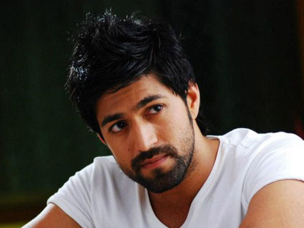 Yash Hq Wallpapers Yash Wallpapers 48729 Filmibeat Wallpapers