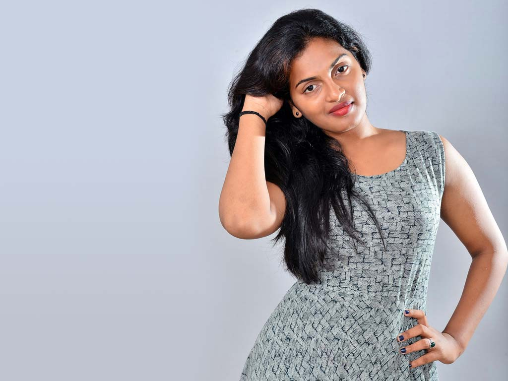 Meenakshi (Tamil Actress)