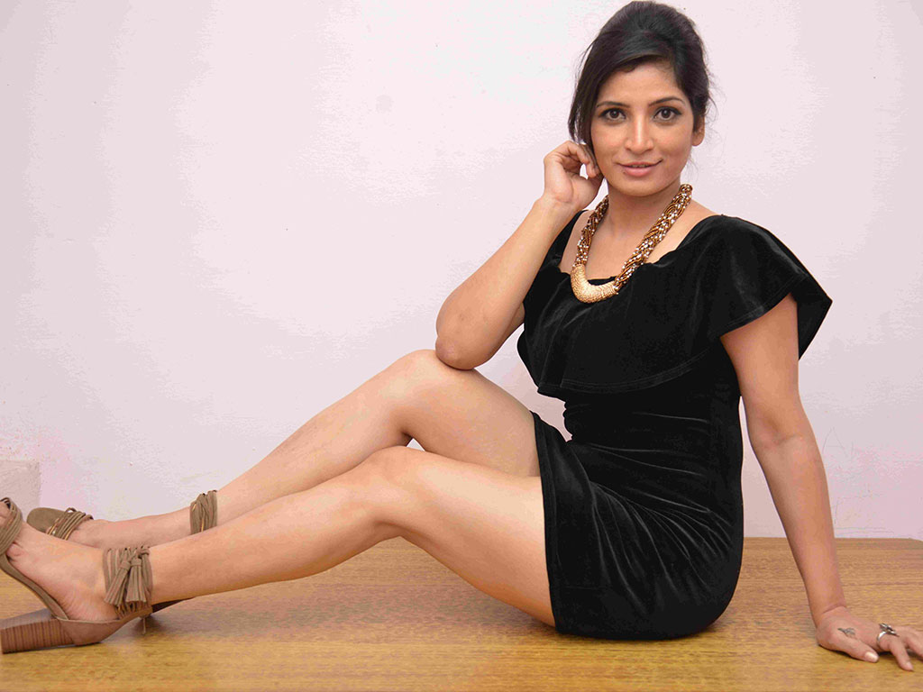 Anita Bhat Wallpapers