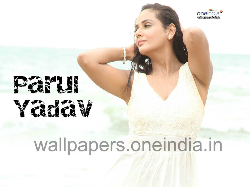 Parul Yadav Wallpaper